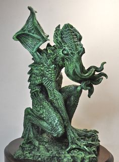 Cthulhu Rising Statue by Dellamorte & Co.