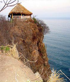 El Zonte, El Salvador - we stayed near here :-) #elsalvador #reisjunk #travel #world #explore www.reisjunk.nl