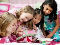 Best Pajama Party and Sleepover Ideas