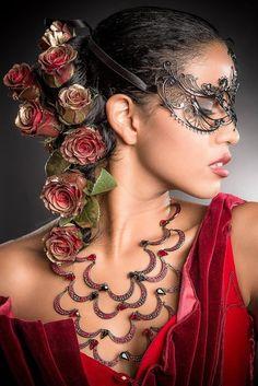 YOCASTALOVE butterfli, costum, statement necklaces, masks, red roses, green eyes, beauty, black, masquerades