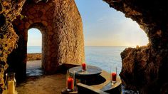 The Caves (Jamaica)