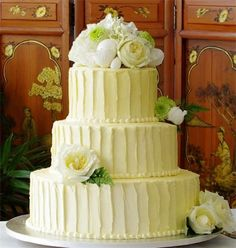Textured buttercream frosting wedding cake--- Eff your fondant BS, TEAM BUTTERCREAM FOR THE WIN!