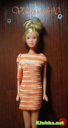 Dress for Barbie Crochet http://translate.google.com/translate?hl=en=UTF8=_t=translate.google.com=auto=en=http://klubka.net/model/toy/1114-plate-dlya-barbi-kryuchkom.html