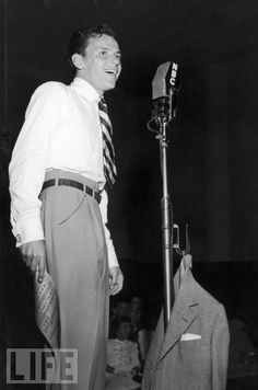 NBC RADIO - Frank Sinatra on the air.