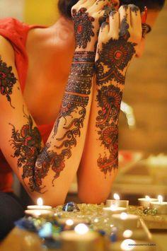 Henna art ~ Mehndi party