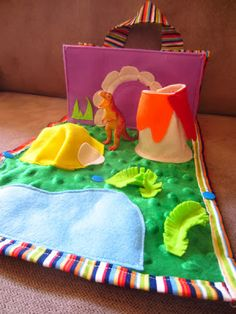 A Little Crafty: Dinosaur carry bag with play mat