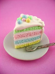 mini Easter cake. Cute idea for using pastel food coloring to add some flair to your Easter cake layers. baby shower cakes, spring colors, rainbow cakes, layer cakes, easter cake, food coloring, polymer clay, soft pastels, baby showers