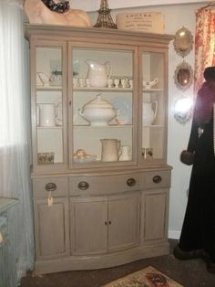 China cabinet in Coco by Annie Sloan chalk paint