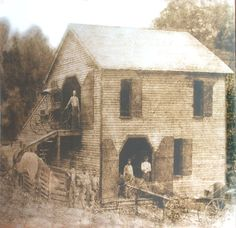 The Highers Brothers Buggy Shop - Rome, Tennessee, circa 1900