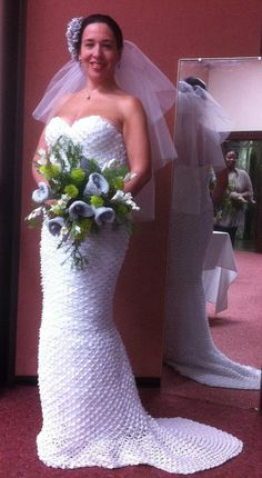 100% Crocheted wedding gown. She finished it in only three weeks! http://bonitapatterns.tumblr.com/