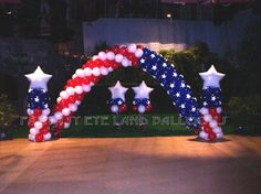 Fourth of July Balloon Decor