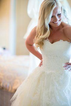 the happy, happy Bride Photography: Jessica Hill Photography  - jessicahillphotography.com  Read More: http://www.stylemepretty.com/northwest-weddings/2014/04/30/lush-garden-wedding-at-oswego-lake-country-club/