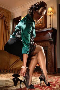 Cabaret Fully Fashioned Nylon Stocking $45.99