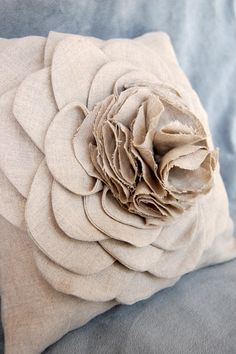 inspiration: pretty linen pillow