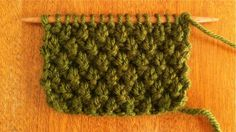 Great knitting site with tips each day, including this double moss stitch - so pretty!