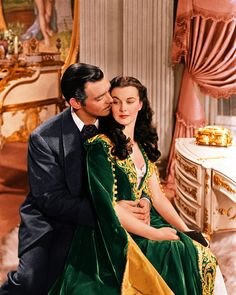 Rhett Butler (Clark Gable) & Scarlett O'Hara (Vivien Leigh) I love their characters in Gone With the Wind