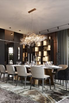 Discover more luxurious dining room design details at luxxu.net #diningroom #diningroomdesign #interiordesign #homedecor