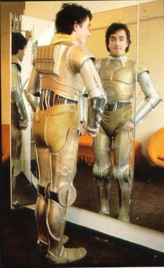 Anthony Daniels trying on his C3P-O costume