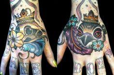 hand tattoo | Tumblr busi tattooin, hand tattoos, amaz tattoo, galleries, tattoosbodi art, ass tattoo, famili, hands, ink