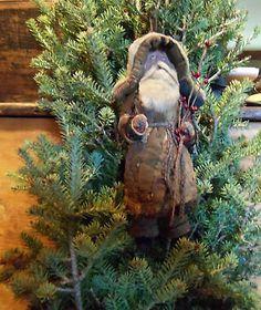 Primitive Old Brown Quilt Santa Claus Ornament