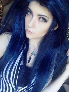 blue hair wig #elvish #ledamonsterbunny #leda #muir
