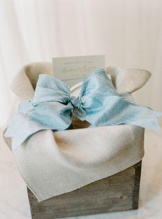 winter wedding guest hotel gift box + note | @Abby Christine Christine Jiu photography