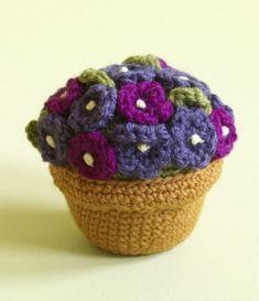 Amigurumi Potted Plant By Lion Brand. ☀CQ #crochet #crochetflowers  http://www.pinterest.com/CoronaQueen/crochet-leaves-and-flowers-corona/