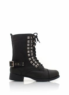 studded combat boots - black!