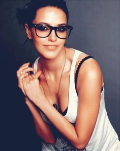 "I'm not usually a fan of ""nerd glasses"" but I think she looks very cute"