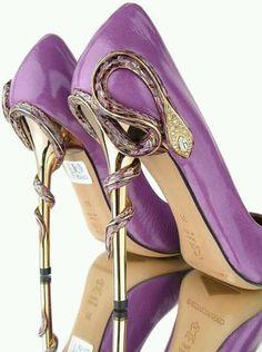 hot shoes, fashion, purple, color, pump, heels, dress shoes, snakes, stiletto