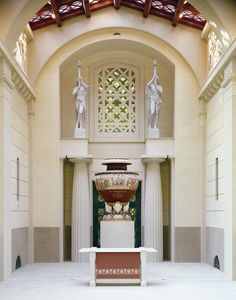 Gallery entrance hall - The Entrance Hall of The Queen's Gallery, Buckingham Palace, The Royal Collection copyright 2009 Her Majesty Queen Elizabeth II