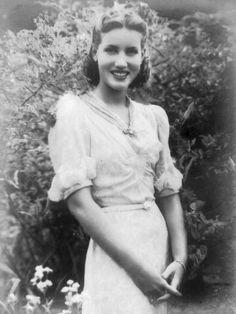 Edith Bouvier Beale, 'Little Edie' of Grey Gardens...