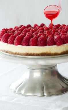 Cheesecake with fresh Raspberries!