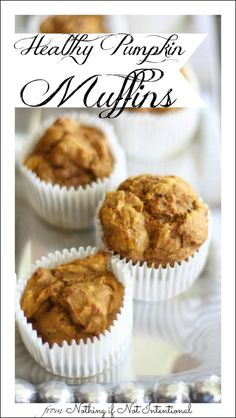 Healthy Pumpkin Muffin Recipe--So incredibly easy to make and no oil!