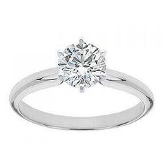 round cut diamond //