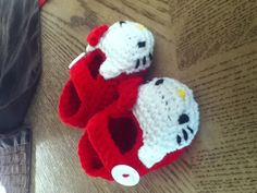 Hello Kitty Crochet Booties