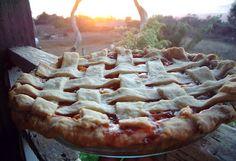 Loquat Strawberry Pie