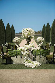 Emerald City-Gorgeous design by Grace Ormond Wedding Style