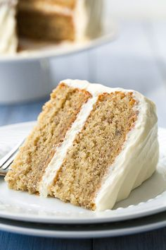 Banana Cake with Fluffy Cream Cheese Frosting - I'm seriously in love with this cake!! Dreamy.
