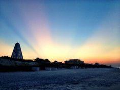 @klowehamilton- Here comes the sun...from Seaside, FL. @Ann Bretl Do #TODAYsunrise
