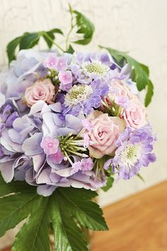 scabiosa purple bouquet