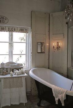 shabby bath room by polly