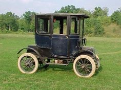 A 1911 Baker Electric.    The advent of highways would spell the end for electric cars in America. Soon cities and states would be linked by automobile and people needed the gas engine because it allowed for a greater range. By the 1920s and 30s electrics were often used by the elderly to get around town and many joked that they looked like rolling phone booths. #Cars #Speed #HotRod