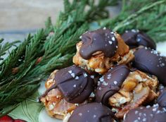 3-Ingredient Turtle Candies - Perfect for Christmas!