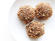 Get this all-star, easy-to-follow Almond-Rum Chocolate Truffles With Amaretti Cookies recipe from Food Network Magazine.