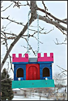 instructions for making this super fancy birdhouse