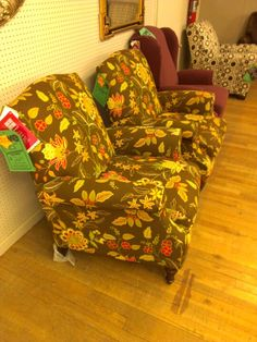 Lane recliners, love these!