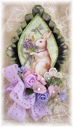 Tart Tin Easter Ornament