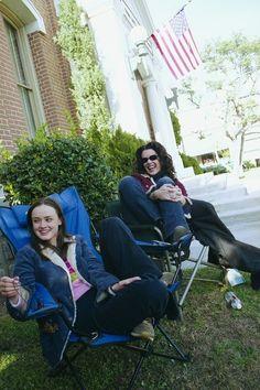 Alexis Bledel and Lauren Graham