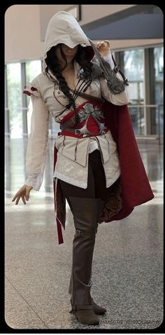 Lady assassin cosplay